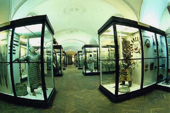 Фотоколлекция туркменских экспонатов в музее Петра I
